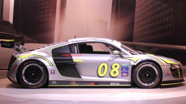 limitless_racing_r8.jpg